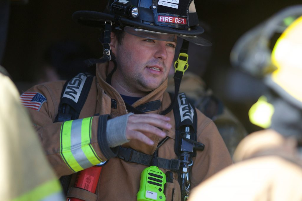 Motorola_Two_Way_Radio_Wisconsin_fire_ems_dispatch